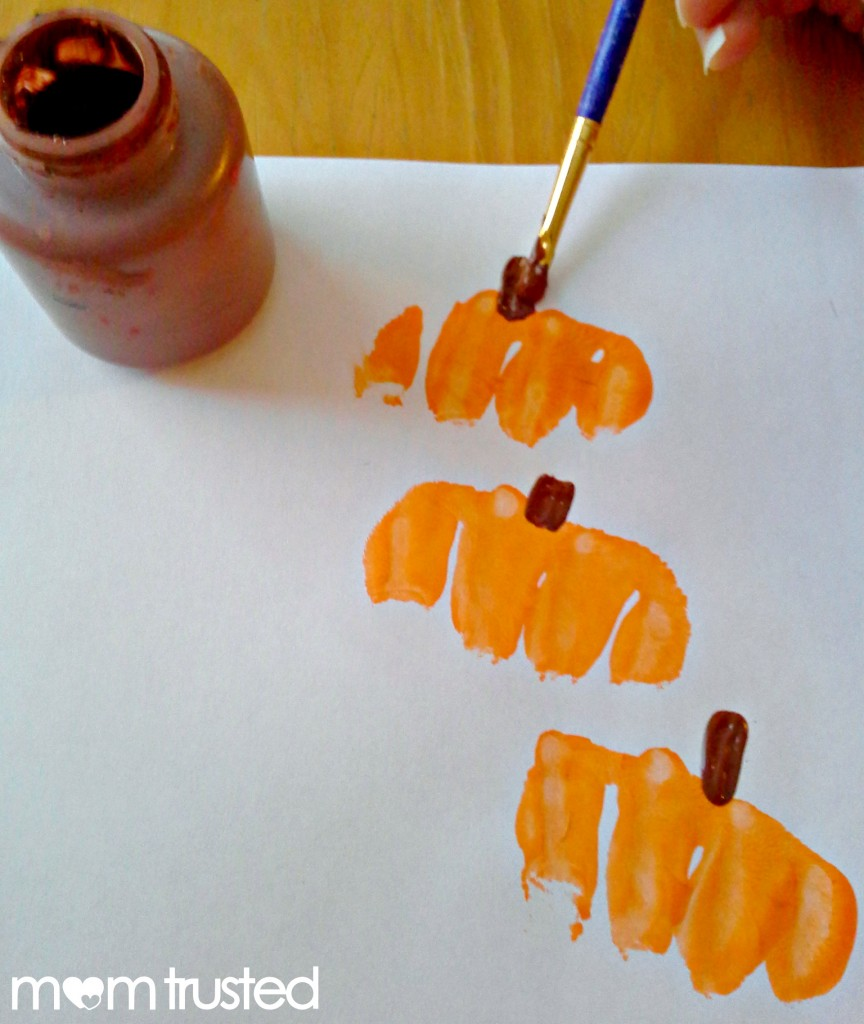 Preschool Pumpkin Project: making pumpkin prints with your knuckles 20120921 165709a 864x1024