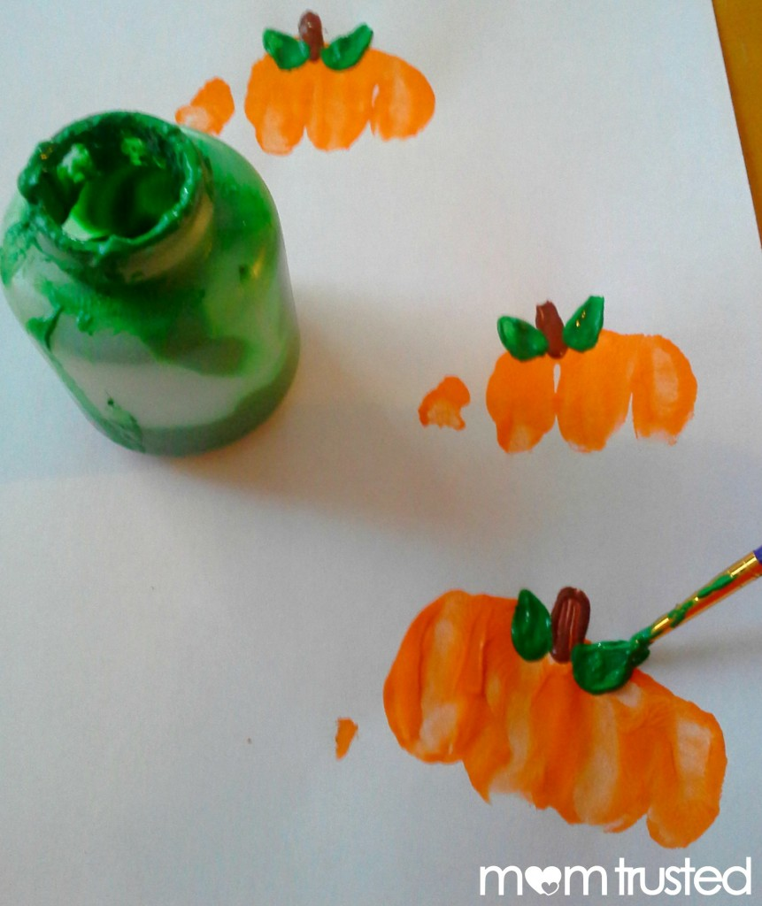Preschool Pumpkin Project: making pumpkin prints with your knuckles 20120921 171018a 861x1024
