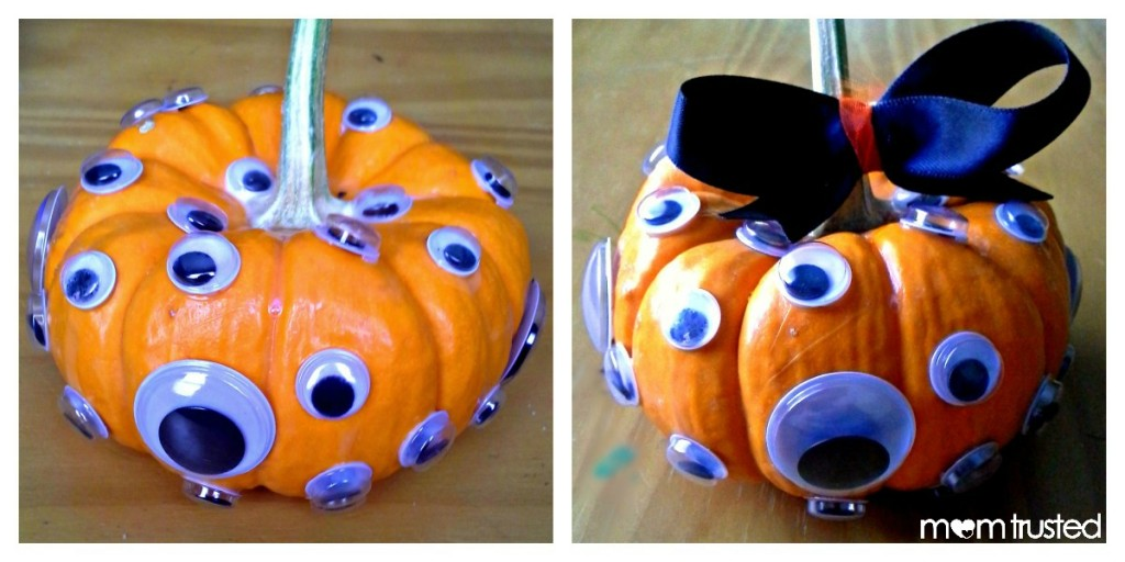 Easy No Carve Googly Eye Pumpkin Decorating Idea PicMonkey Collage2a3 1024x512
