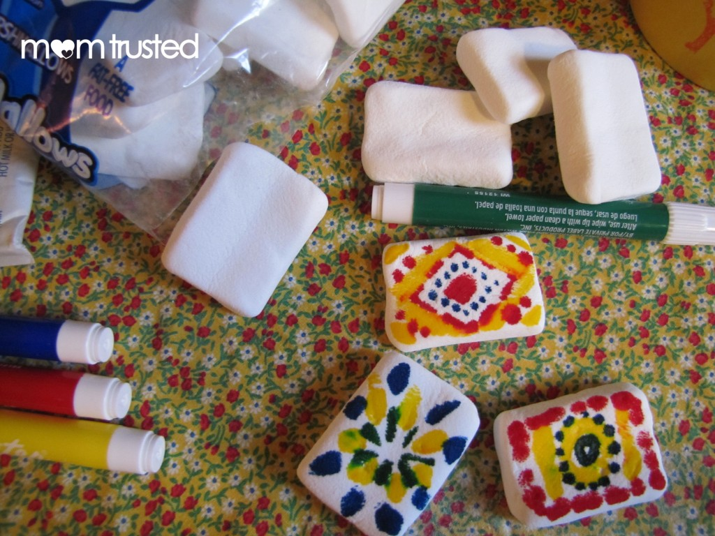 Patterned Marshmallows for Hot Cocoa Marsh 3 1024x768