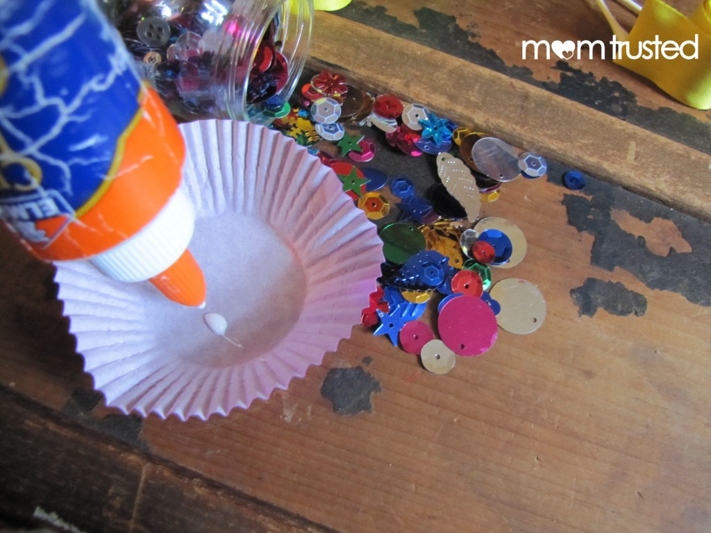 Kids Party Ideas: Make Sparkling Slap Bracelets with Friends Slap 21 1024x768