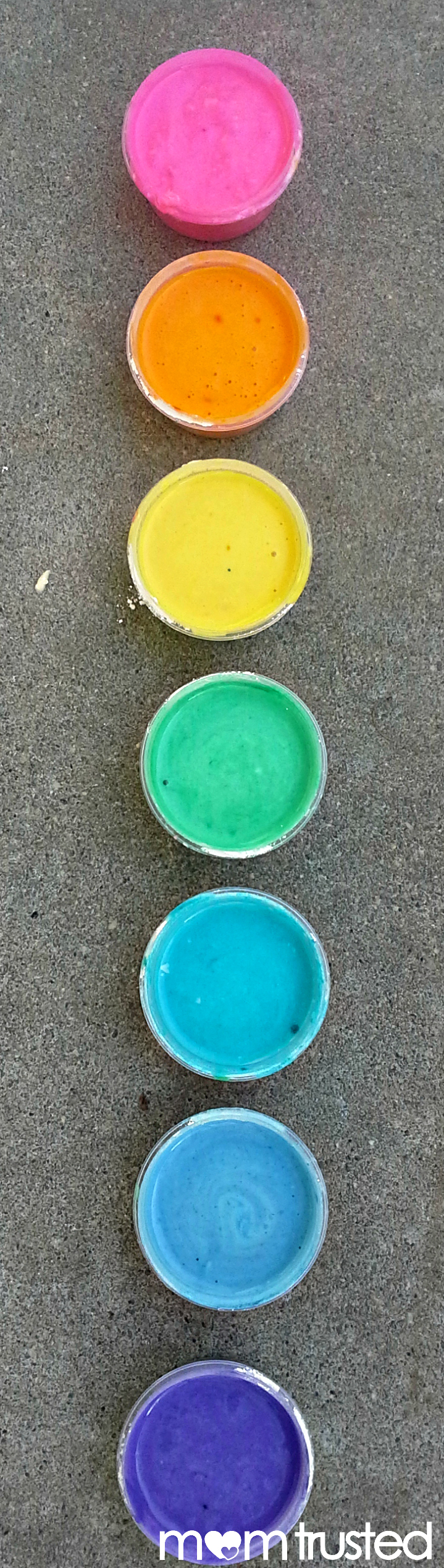 Homemade Sidewalk Paint flour paints momtrusted