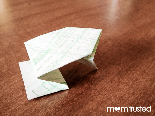 Origami for Kids: Jumping Paper Frogs jumping frog project 12