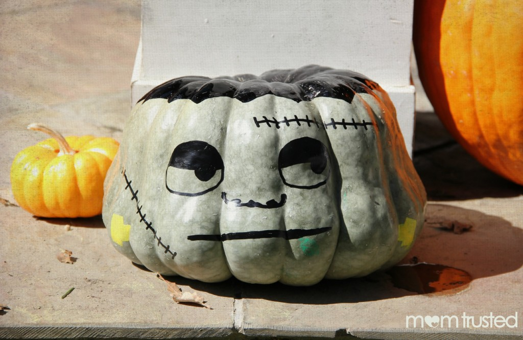 Paint Pen Pumpkin Decorating frankenstein pumpkin idea watermark 1024x665