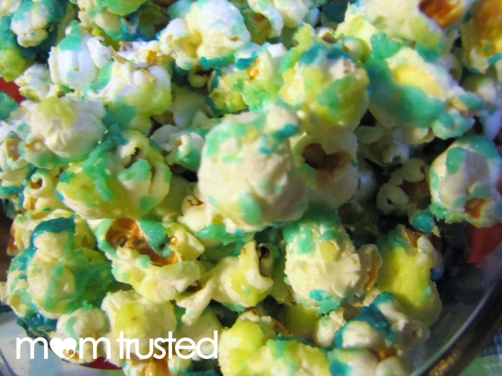 White Chocolate Colorful Party Popcorn pop 4 copy 1024x768
